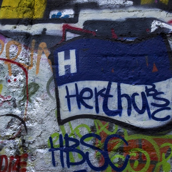 Graffiti mit Hertha BSC Logo