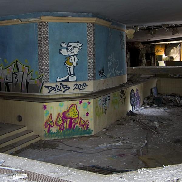 Heute planschen hier nur noch die Graffiti-Hunde.