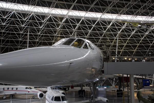 Silhouette der Concorde in der Ausstellung