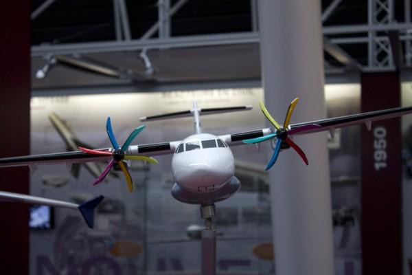 1:25 Modellflugzeug