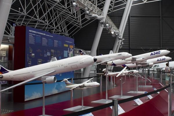 1:25 Modellflugzeuge in der Airbus Ausstellung