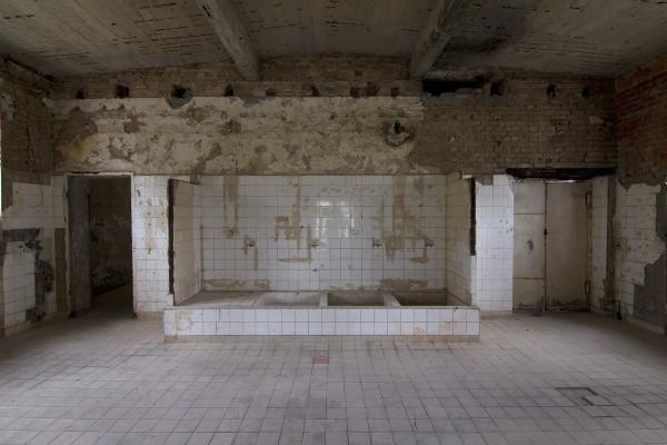 Duschraum der Schwimmhalle