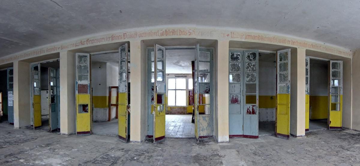 Türen zum Gebetsraum