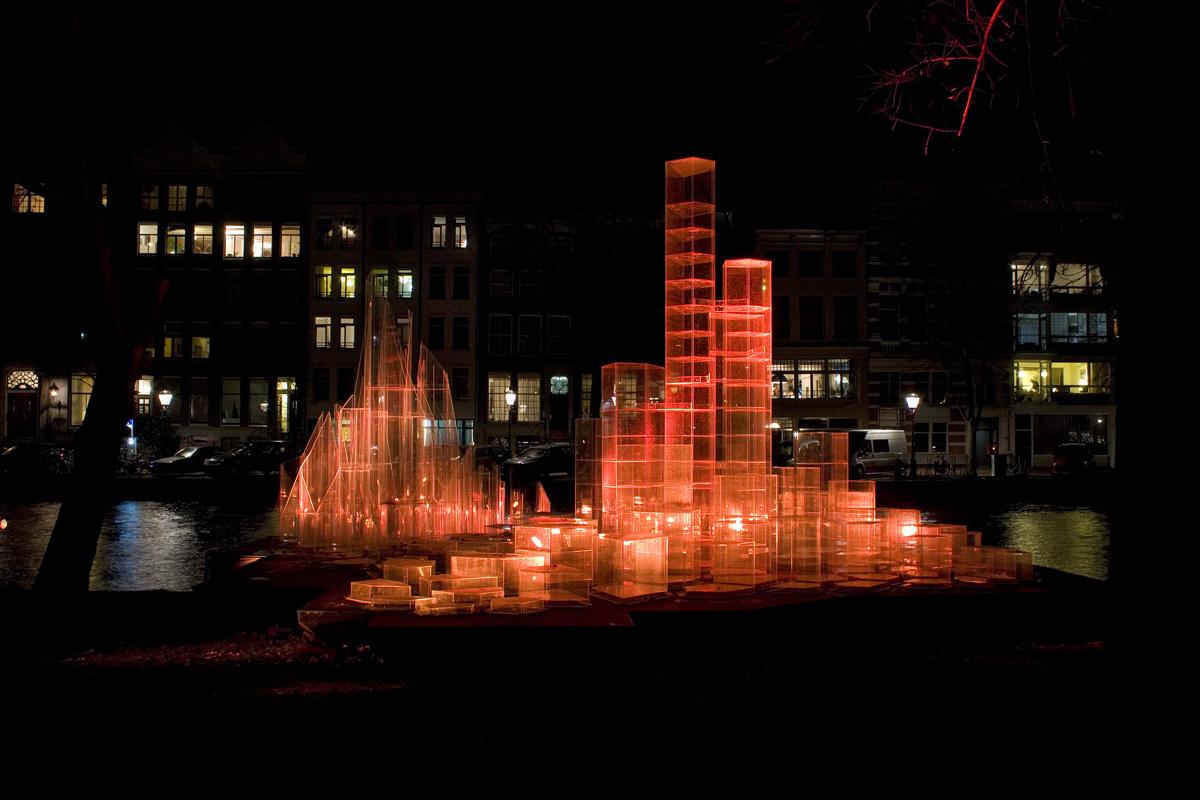 Stadt aus Licht rot