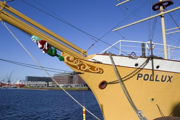 Bugansicht des Segelschiffs Pollux