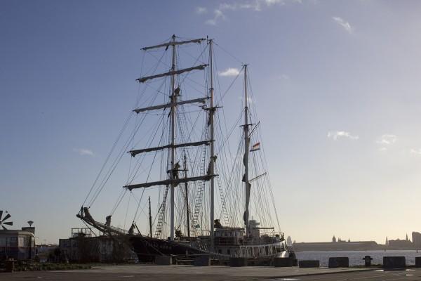Segelschiff Thalassa in Amsterdam