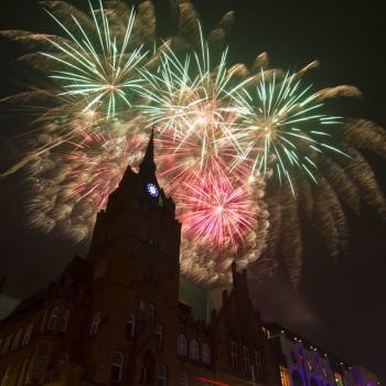 Feuerwerk zum 10-jährigen Jubiläum vom Schloss